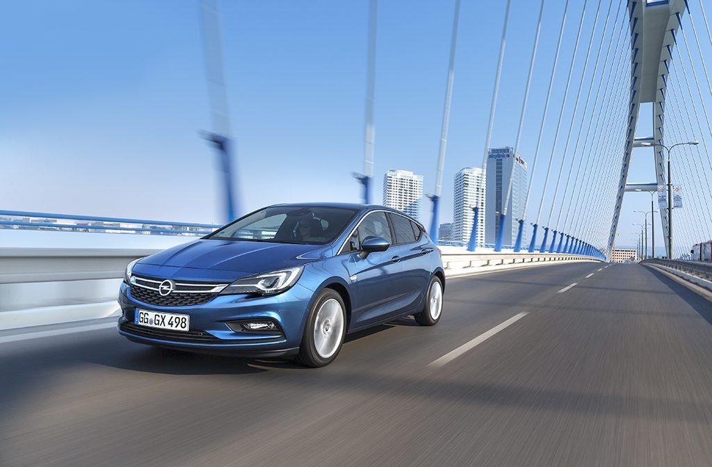 Opel-Astra-297482