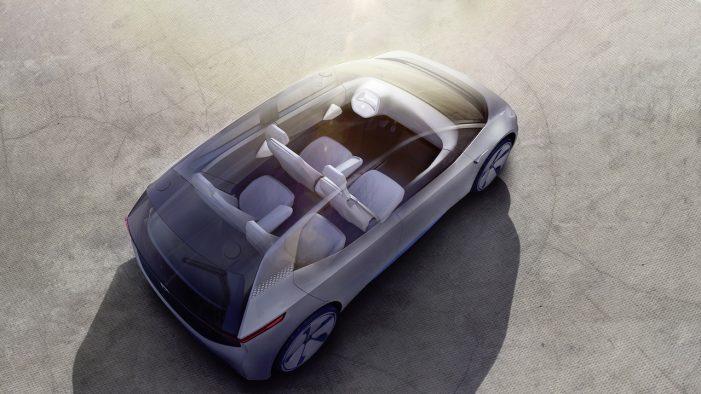 Volkswagen abre la veda enchufando París