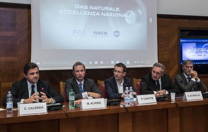 FCA, IVECO y Snam firman un memorándum para el desarrollo de gas natural