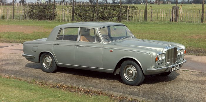 Todo lo que quieres saber (si eres un aprendiz) para restaurar un clásico de Bentley