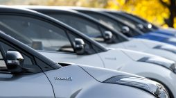 Las flotas de vehículos canalizaron el crecimiento del mercado de automoción español en febrero.