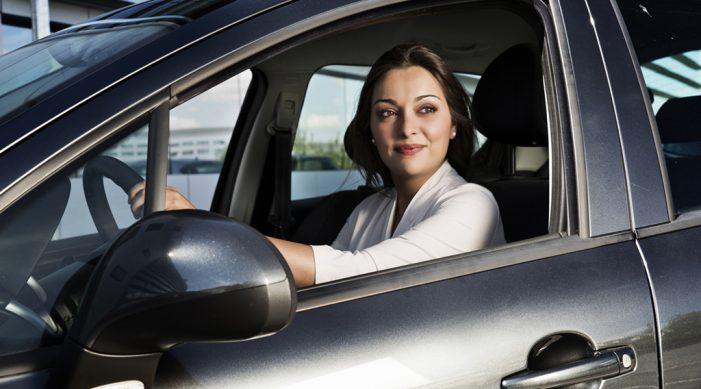 El 51% de las empresas españolas considera el coche de incentivo una recompensa