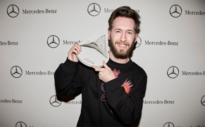 Juan Carlos Pajares gana el premio Mercedes-Benz Fashion Talent