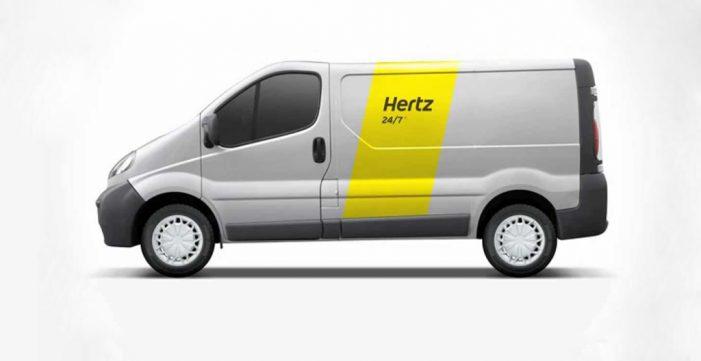 Hertz renueva sus furgonetas con la incorporación del sistema Adblue