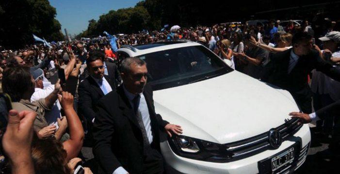 Toyota, bien posicionada para encargarse de la flota presidencial argentina