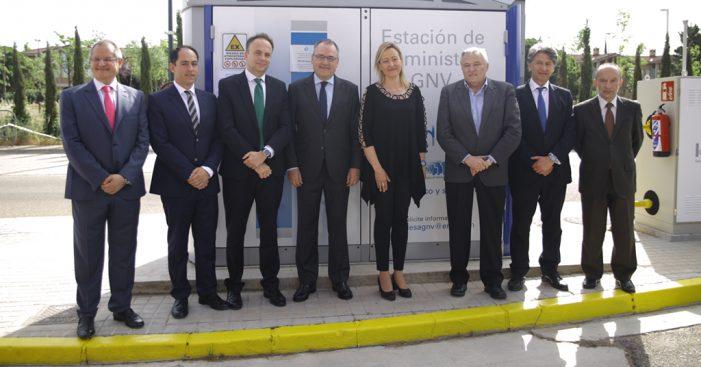 Endesa y la cooperativa de Autotaxi inauguran una planta de GNV