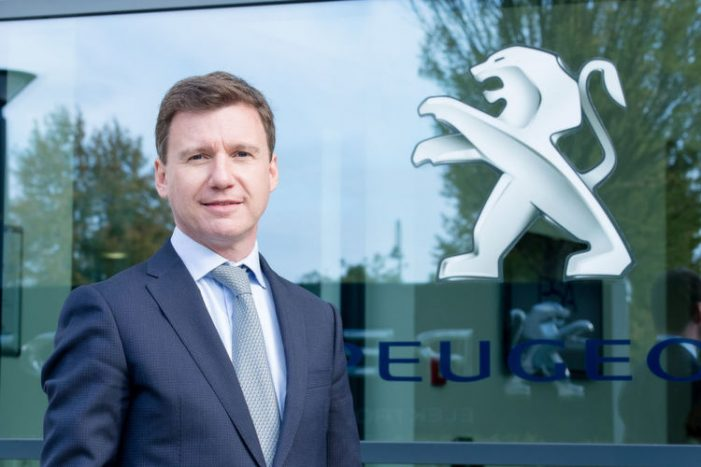 Renting: Peugeot fulmina en Alemania al ex director de Marketing de Mazda España