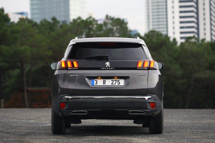 Peugeot y Citroën copan el 25% de las automatriculaciones de coches en España
