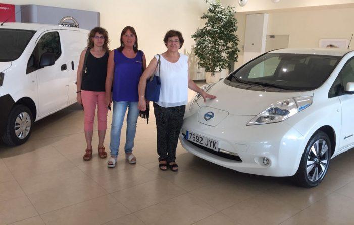 Nissan y la Diputación de Girona firman un acuerdo para promover el vehículo eléctrico