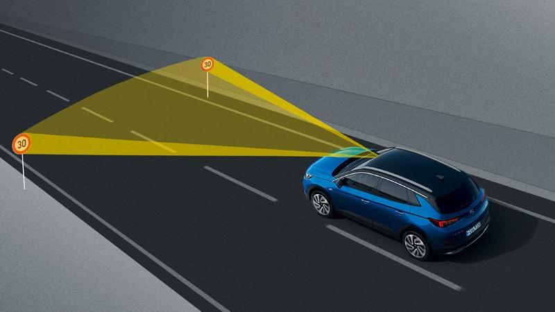 Opel Grandland X, Traffic Sign Recognition