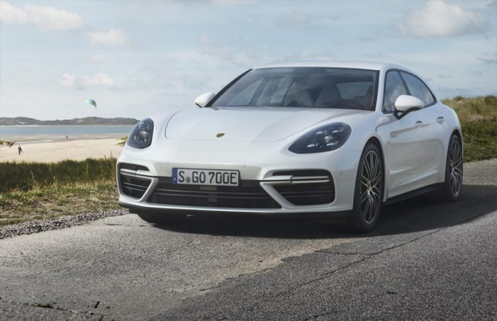 Porsche lanza un Panamera híbrido enchufable de 680 CV y 49 km de autonomía eléctrica
