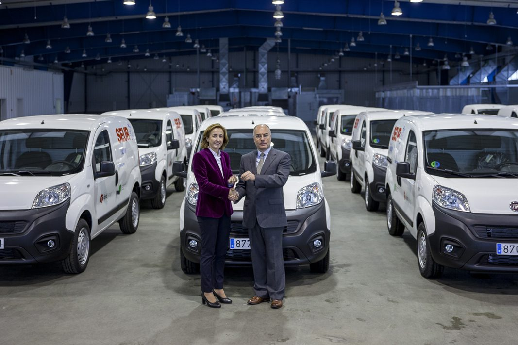 Fiat entrega a Seur 100 Fiat Fiorino Natural Power