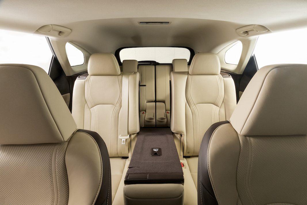 Lexus dota de siete plazas al nuevo SUV híbrido RX450h L