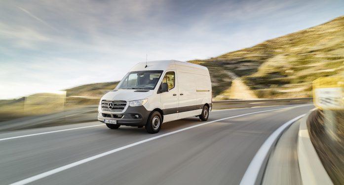 Mercedes-Benz inicia la comercialización de la tercera generación de la furgoneta Sprinter