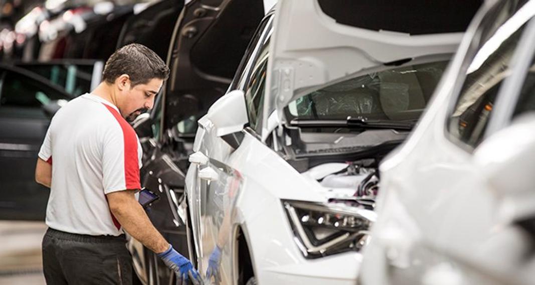 La fabricación de vehículos en España cae un 4% en febrero