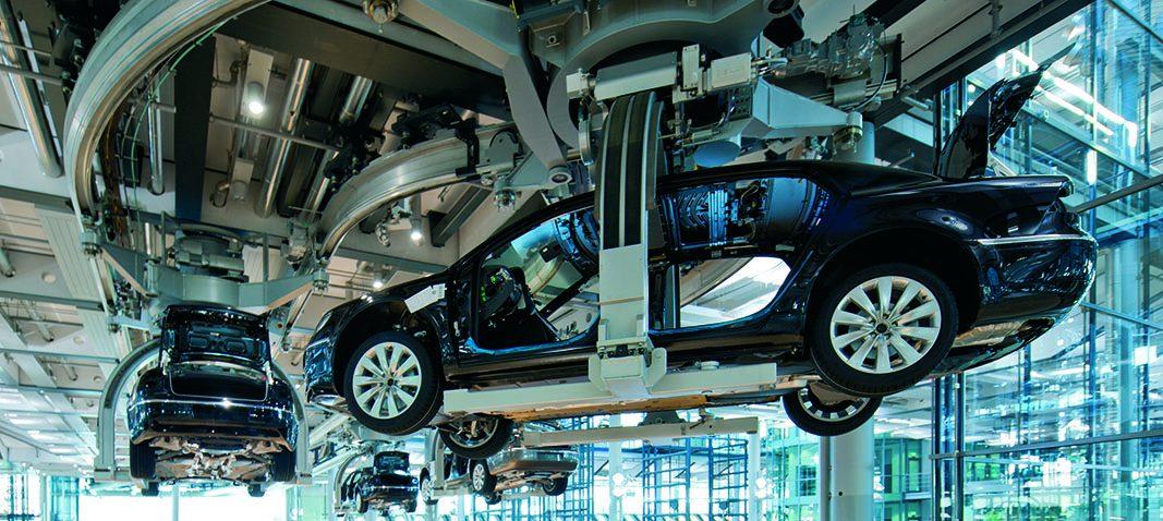España mantiene su posición como octavo fabricante mundial de vehículos