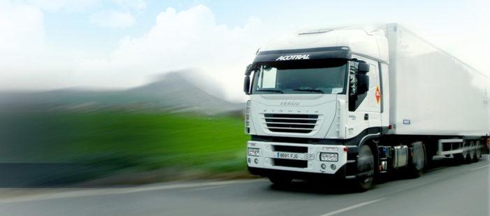 Acotral aumenta su flota de GNL con diez nuevos camiones de Iveco