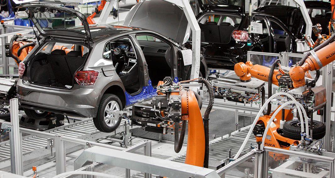 La fabricación de vehículos en España cae un 4% hasta marzo