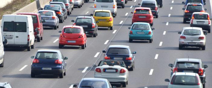 Los vehículos asegurados crecen un 2,21% a cierre de abril