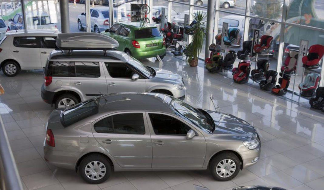 El precio de los coches desciende un 0,3% en noviembre
