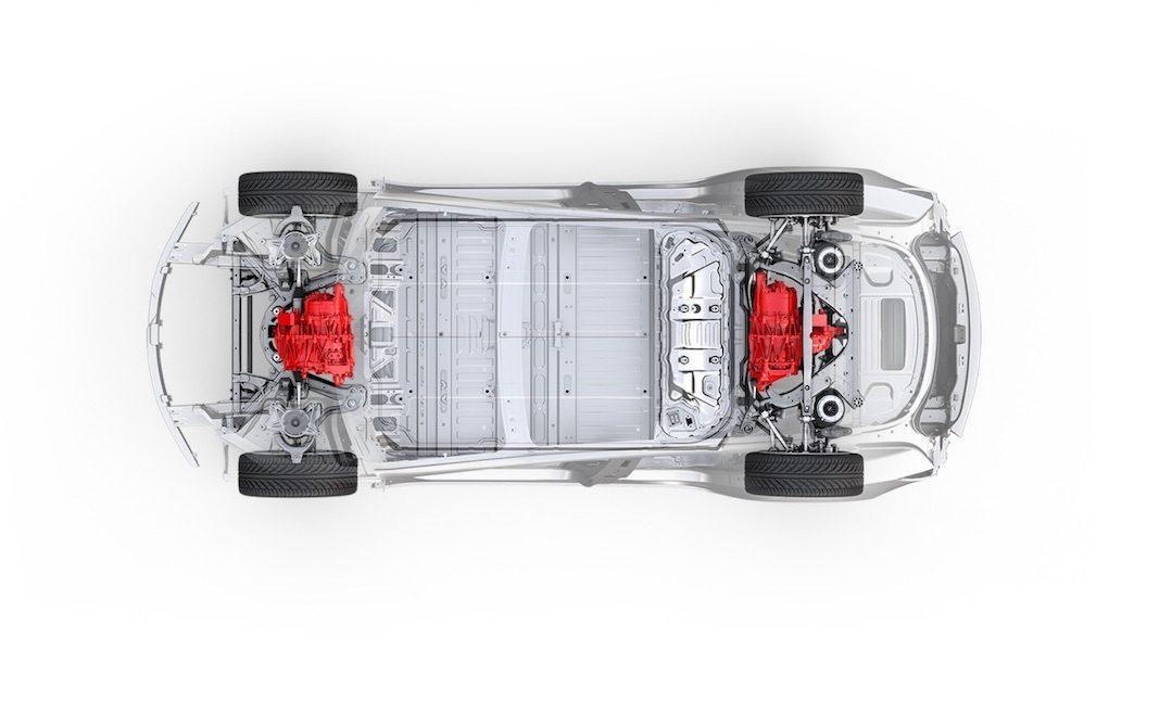 Elon Musk anuncia un Tesla Model 3 con dos motores eléctricos y tracción integral y una versión deportiva