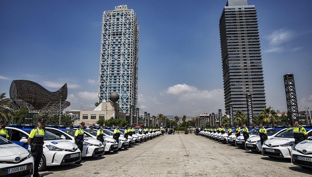Toyota entrega una flota de 145 Prius+ a la Guardia Urbana de Barcelona