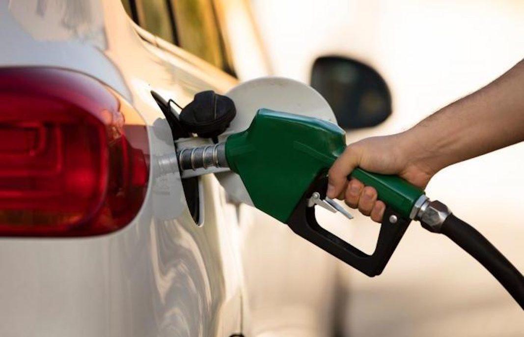 La Unión Europea implanta un nuevo etiquetado informativo para los carburantes