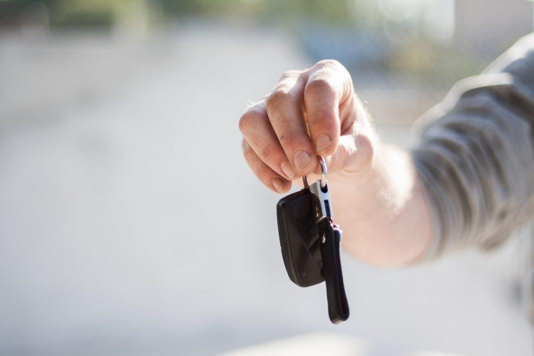 El usuario de renting de coches pagaría más que quien compra