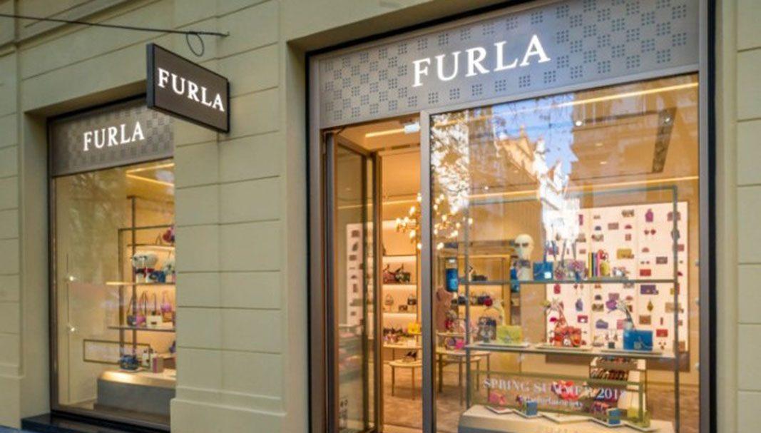 Furla estrena boutique en Praga