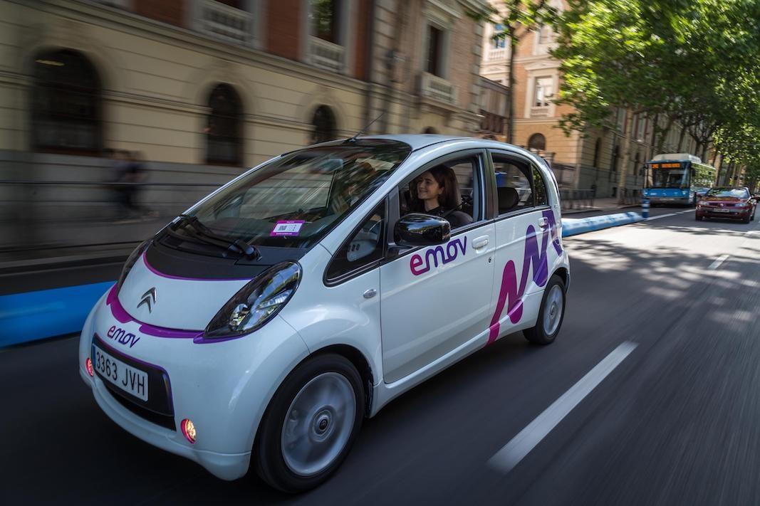 emov, el carsharing eléctrico de PSA amplia servicios en Madrid y Lisboa