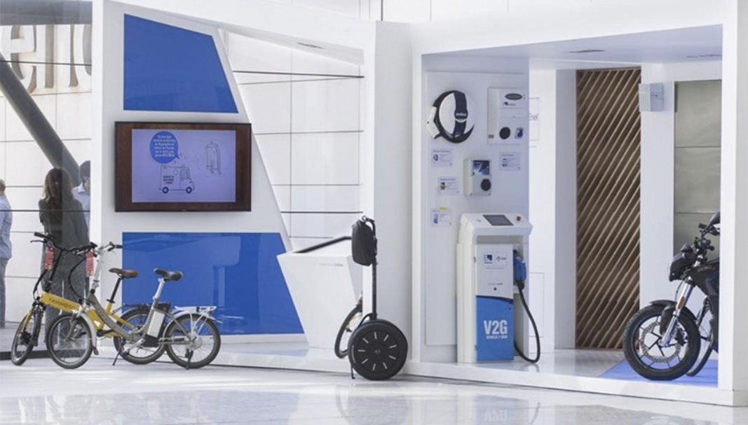Endesa lanza en Sevilla el primer programa piloto con bicicletas eléctricas