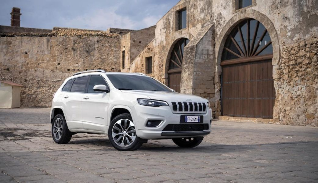 180906_Jeep_New_Cherokee-Overland_05