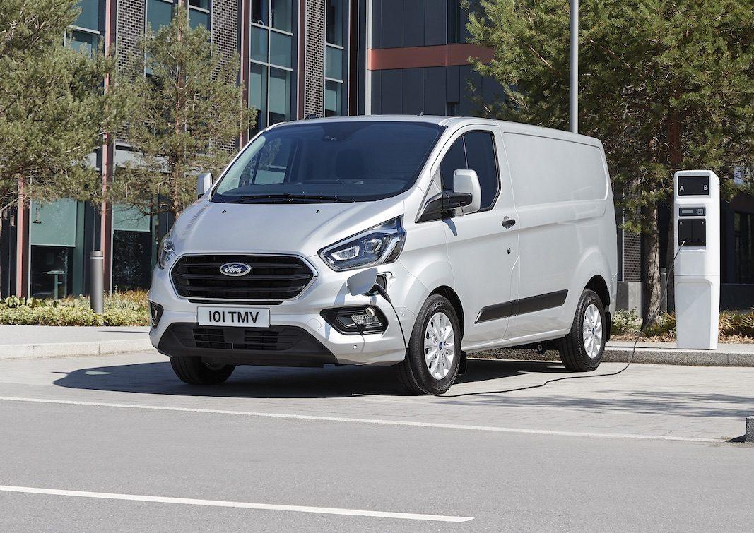 Ford muestra en Hannover la versión de producción de la Transit PHEV