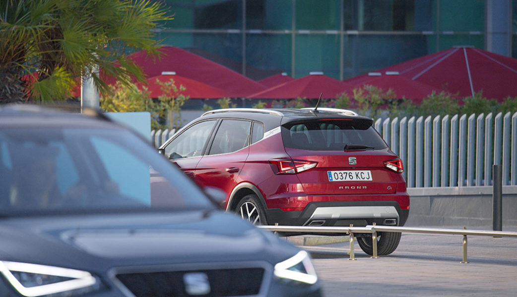 World-Premiere-of-the-New-SEAT-Arona-TGI-at-the-Paris-Motorshow_015_HQ