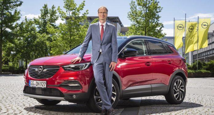 Los Opel Corsa eléctrico y el Grandland X PHEV se podrán encargar en el verano de 2019
