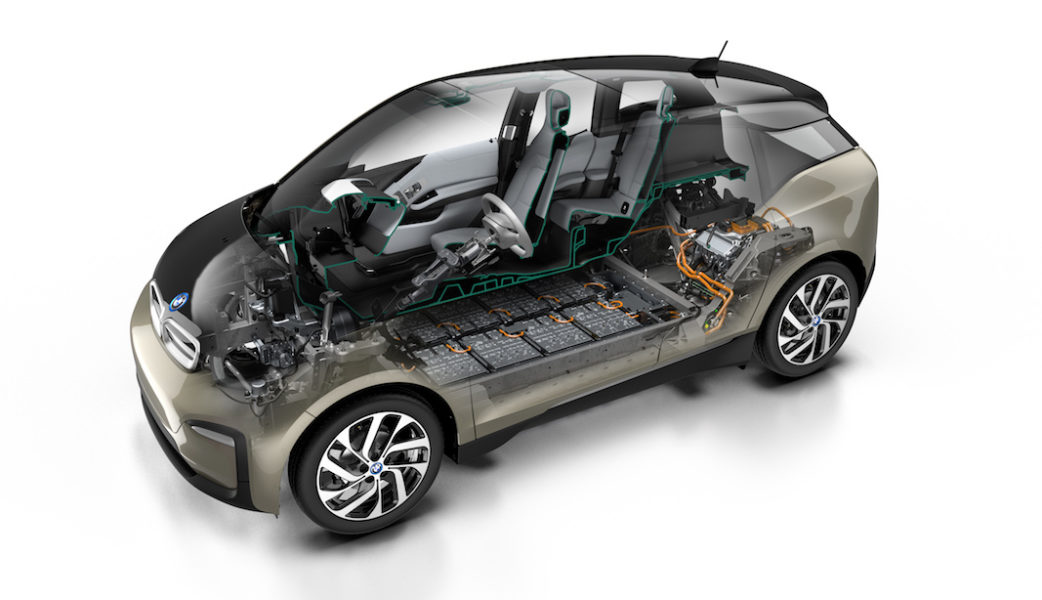 P90323000_highRes_the-new-bmw-i3-120-a (1)