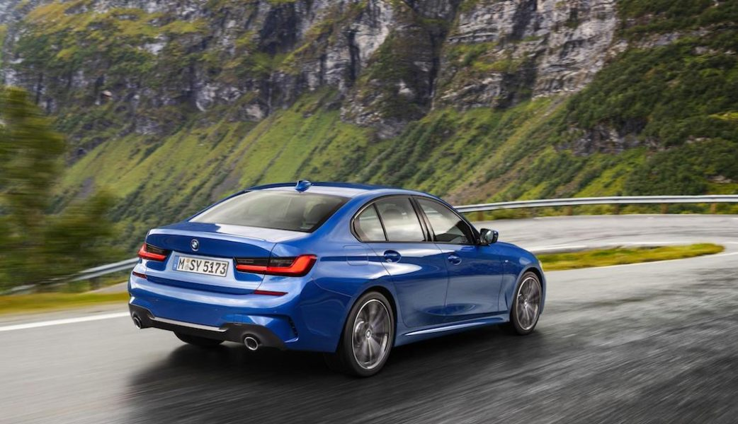 P90323672_highRes_the-all-new-bmw-3-se