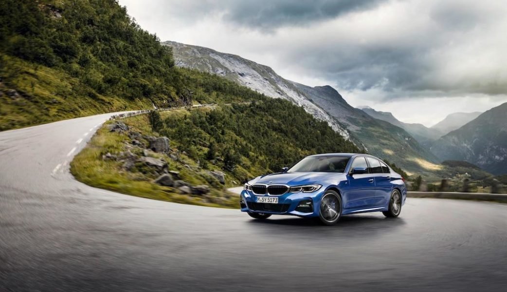 P90323677_highRes_the-all-new-bmw-3-se