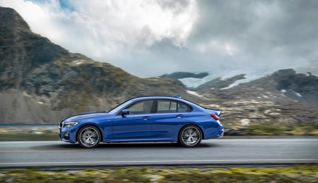 P90323678_highRes_the-all-new-bmw-3-se