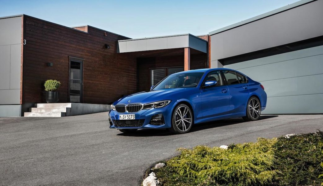 P90323680_highRes_the-all-new-bmw-3-se