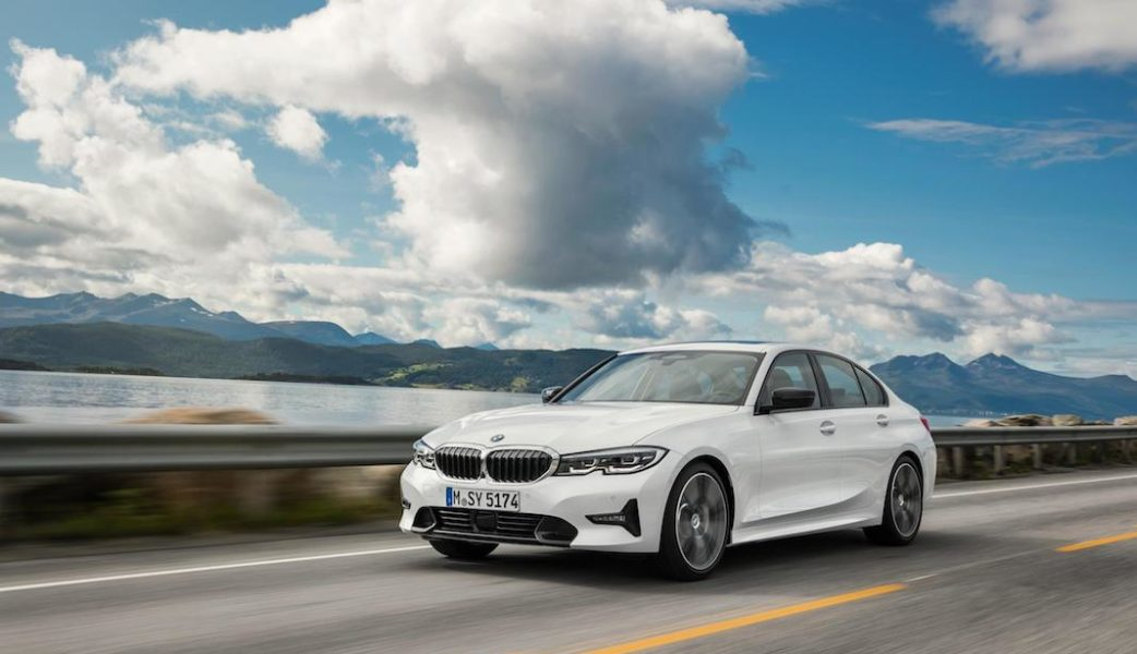 P90323702_highRes_the-all-new-bmw-3-se