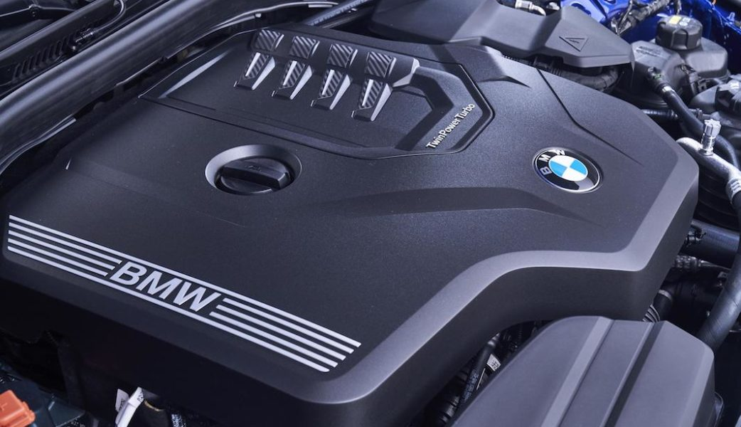 P90323823_highRes_the-all-new-bmw-3-se