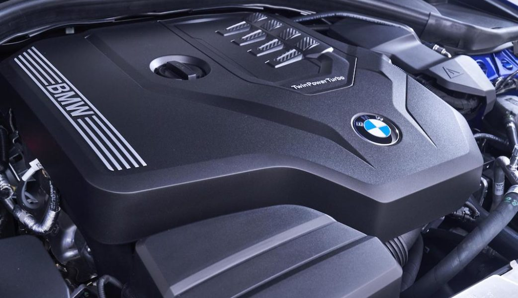 P90323824_highRes_the-all-new-bmw-3-se