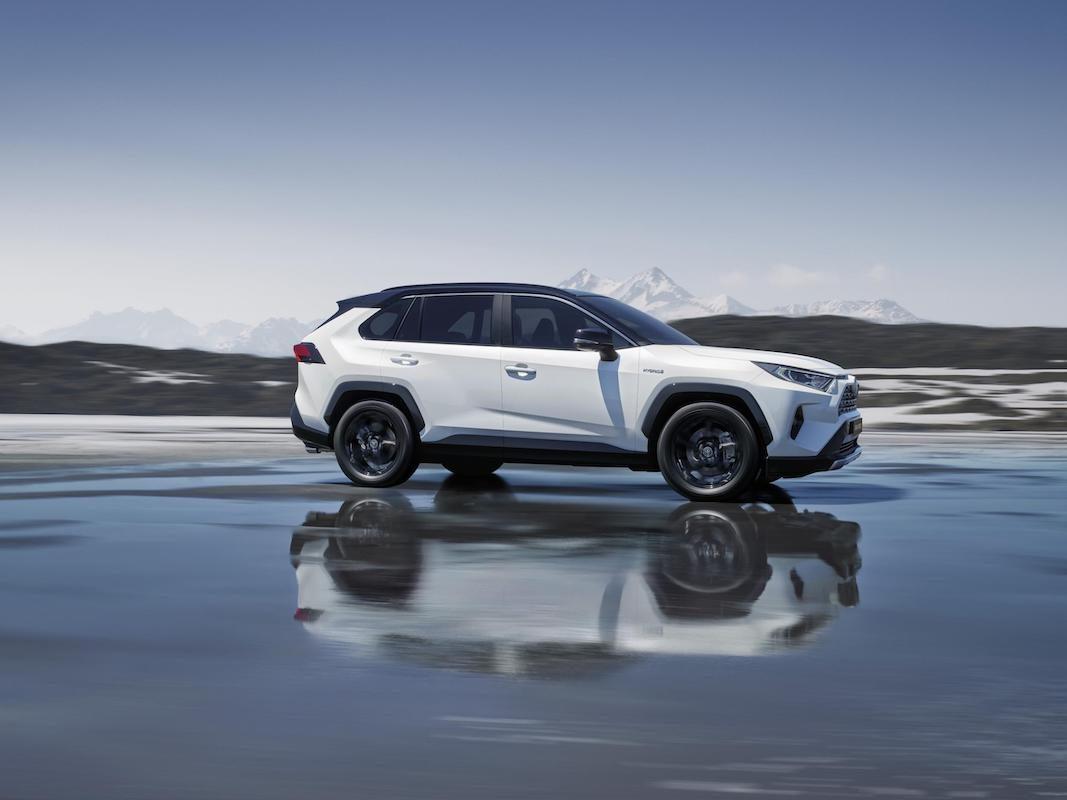 Toyota España pone a la venta la quinta generación del RAV4 hybrid