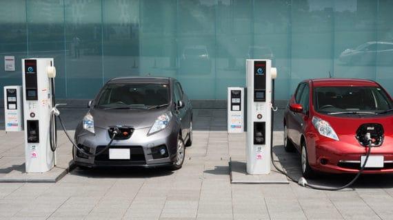 Anfac reclama al Gobierno apoyo al impulso del vehículo eléctrico