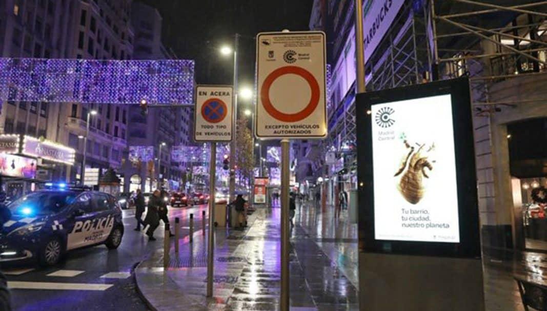 El 59% de los españoles, en contra de prohibir el acceso permanente al centro de las urbes