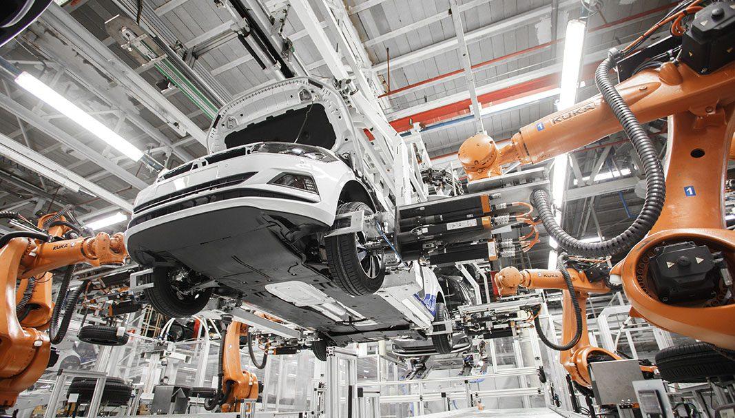 La producción de vehículos crece un 57% en marzo en España