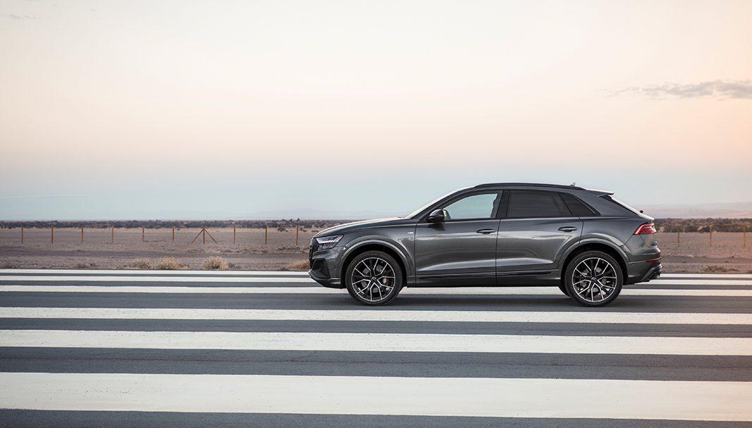 Audi quiere fijar el 'benchmark' de los SUV corporativos de lujo con el Q8 (y no va mal encaminada)