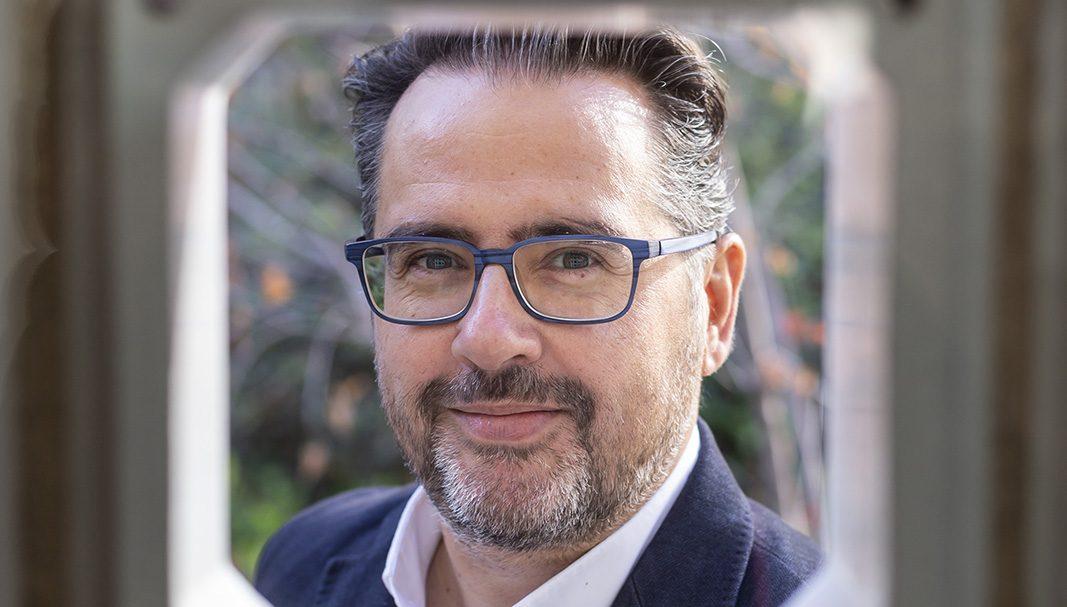Phil González, el entrepreneur que dejó su trabajo por internet… Y creó Instagramers