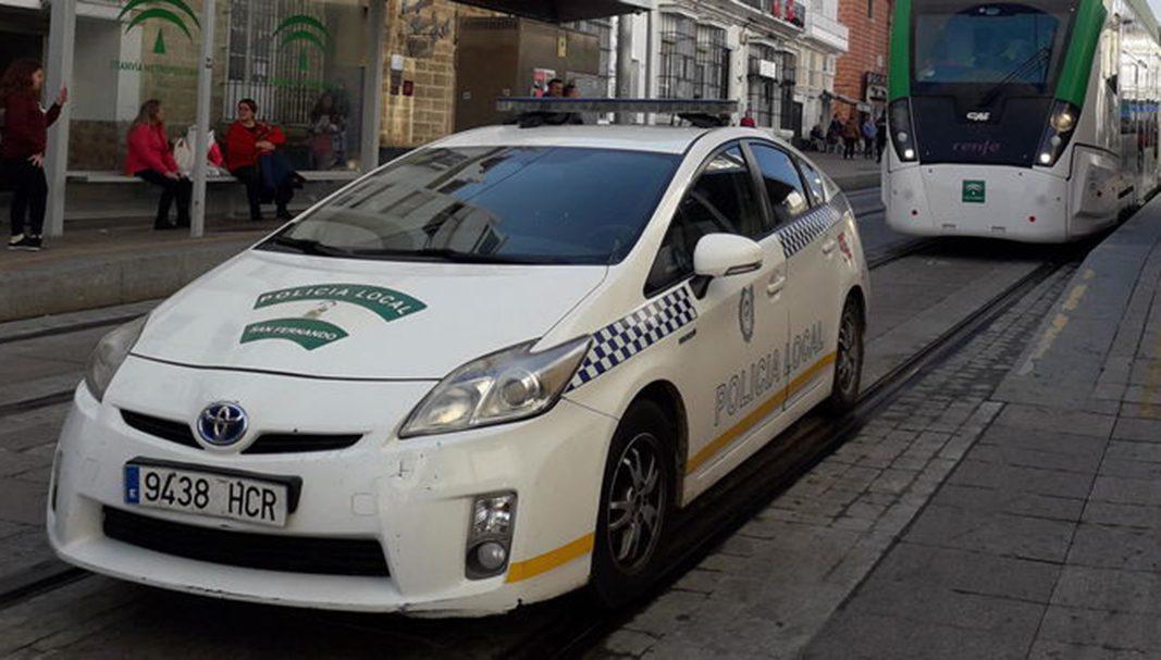 La flota de la Policía Local de San Fernando se renueva con cinco coches patrulla
